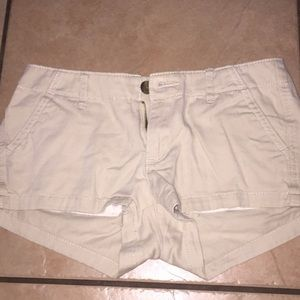 Tan hollister shorts